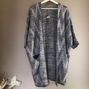 Lucky Brand open front sweater in Size M-Large